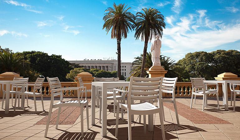 Кресло белое, Westminster