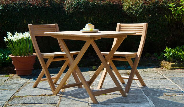 Комплект — стол и два стула